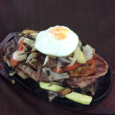 Sizzling Meat Mixed Grilled